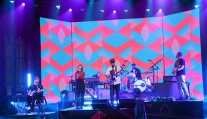 Ellen Tube – Win Portugal. The Man's CD, 'Woodstock'