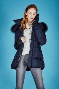 Saks Fifth Avenue – December Email – Win a $1,500 Shopping Spress