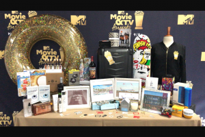 Entertainment Tonight – Mtv Movie & TV Awards Gift Bag Giveaway – Win items from the official MTV Movie & TV Awards Gift Bag (ARV $2251).