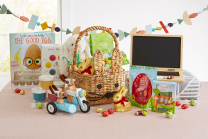 Lindt Chocolate – The Ultimate Easter Basket With Lindt Gold Bunny And Crate And Kids – Win win this ultimate easter basket for your family