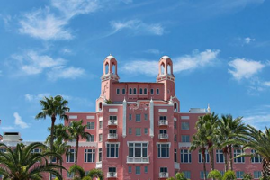 Visit St Pete Clearwater – Life's Reward – Win a 5-day/ 4-night prize package for two (2) people in St Petersburg/Clearwater