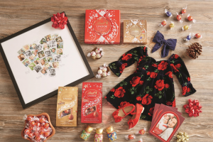 Lindt – Holiday Traditions Giveaway – Win a prize package consisting of (1) $500 Minted credit